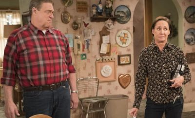 "John Goodman, Laurie Metcalf in ""The Conners."""